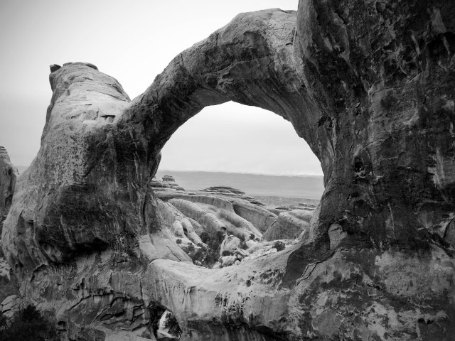 Arches_bw_1