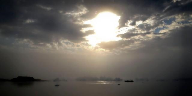 Sun, Fog and Ice