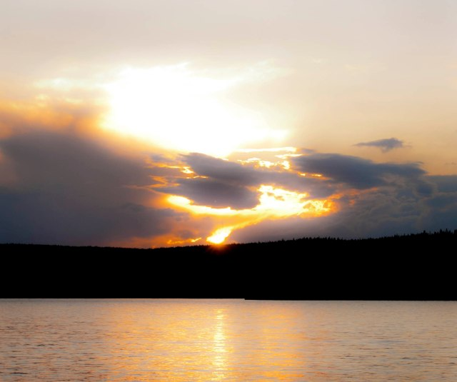 Shoshone_lake_sunset_1