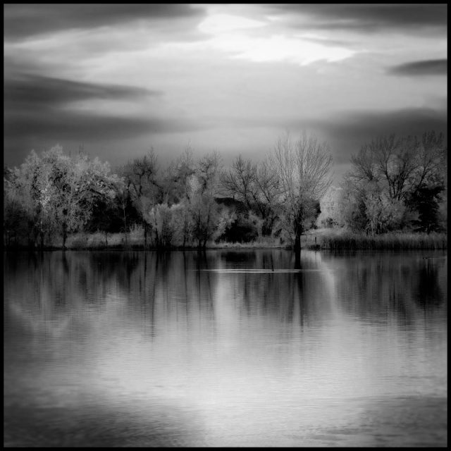 Crown_Hill_lake_bw