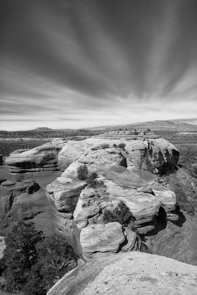 Towards_utah_bw