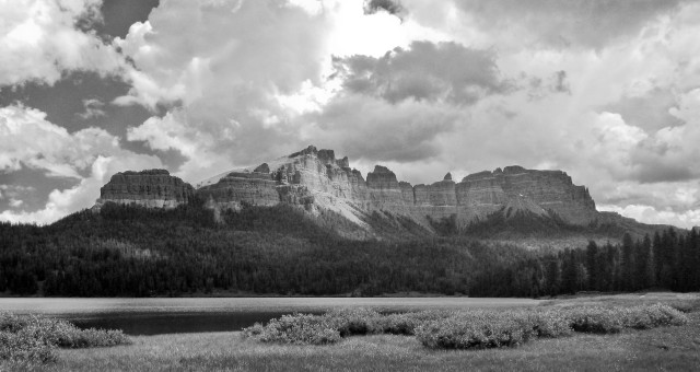 Brooks_lake_bw